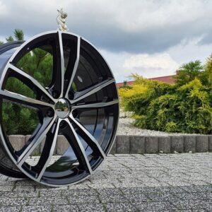 Felgi aluminiowe RACING LINE A5588 8.0Jx19 i 9.0Jx19