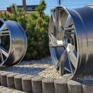 Felgi aluminiowe RACING LINE BC107B 9.0Jx20