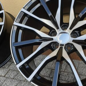 Felgi aluminiowe RACING LINE BK5464 10.0Jx20 i 11.0Jx20
